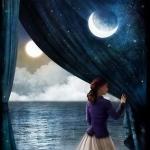 vrouw met gordijn en maan